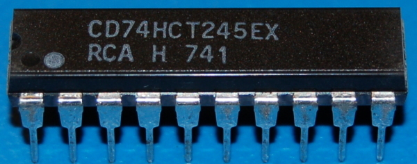 74245 - DM74245N Octal Bus Transceiver with 3-State Out, DIP-20 (5 Pk)