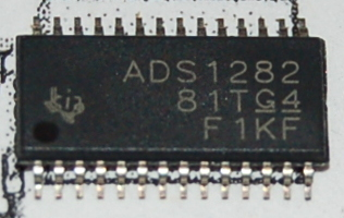 ADS1282 Ultra-High Resolution Delta Sigma ADC with PGA