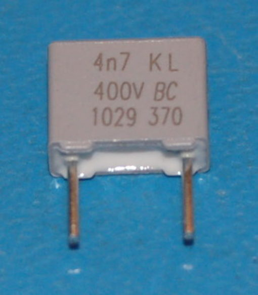 MKT370 Polyester Film Capacitor, 0.0047µF, 400VDC / 220VAC
