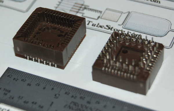"IC Socket, PLCC-44 x Through-Hole, Style ""D"""