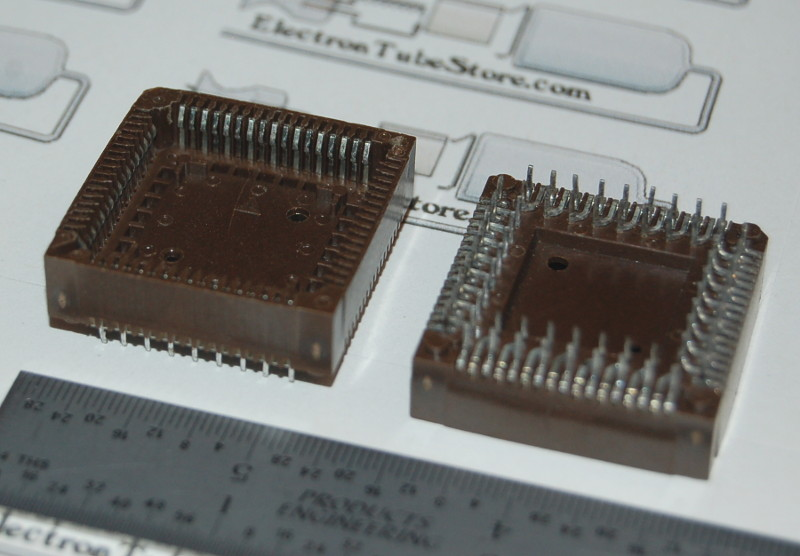 "IC Socket, PLCC-68 x Through-Hole, Style ""D"""