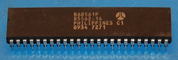 R68561P Multi-Protocol Communication Controller, 68000, DIP-48