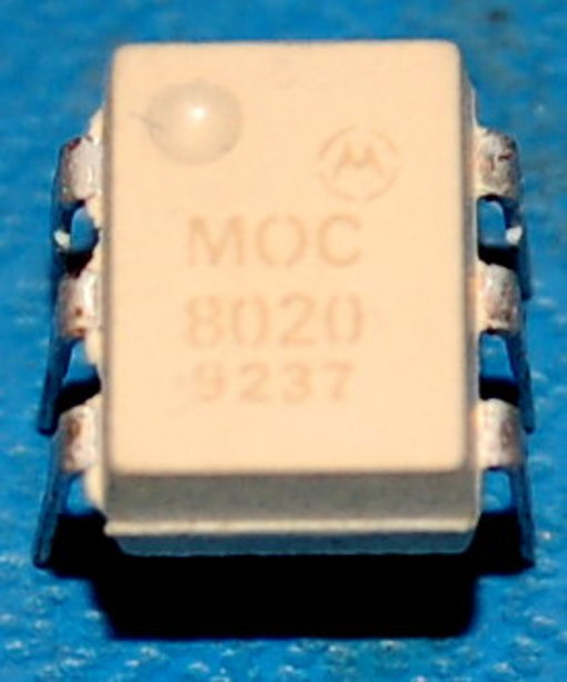 Motorola MOC8020 6-Pin DIP Optoisolator, Darlington Output