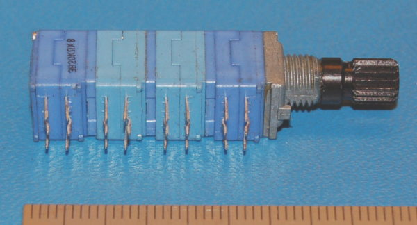 8-Gang Audio Potentiometer, 0.05W, 20kΩ, 3BM Taper, 6x15mm Shaft