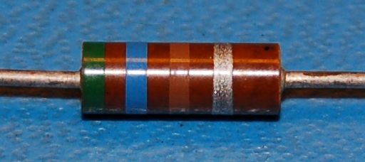 Carbon Composition Resistor, 1/2W, 10%, 560Ω