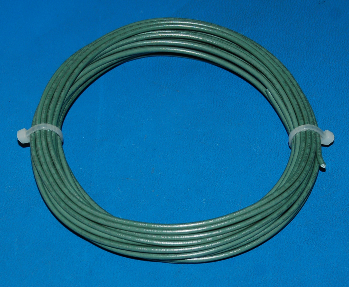 Solid Tinned Copper Wire, 1000V, #20 AWG x 25' (Green)