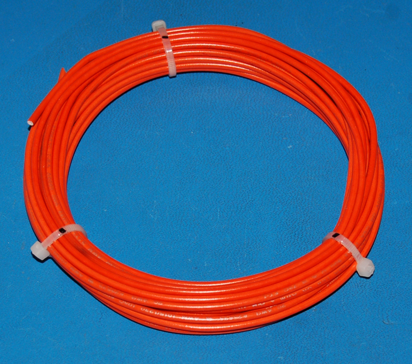 Solid Tinned Copper Wire, 600V, #20 AWG x 25' (Orange)
