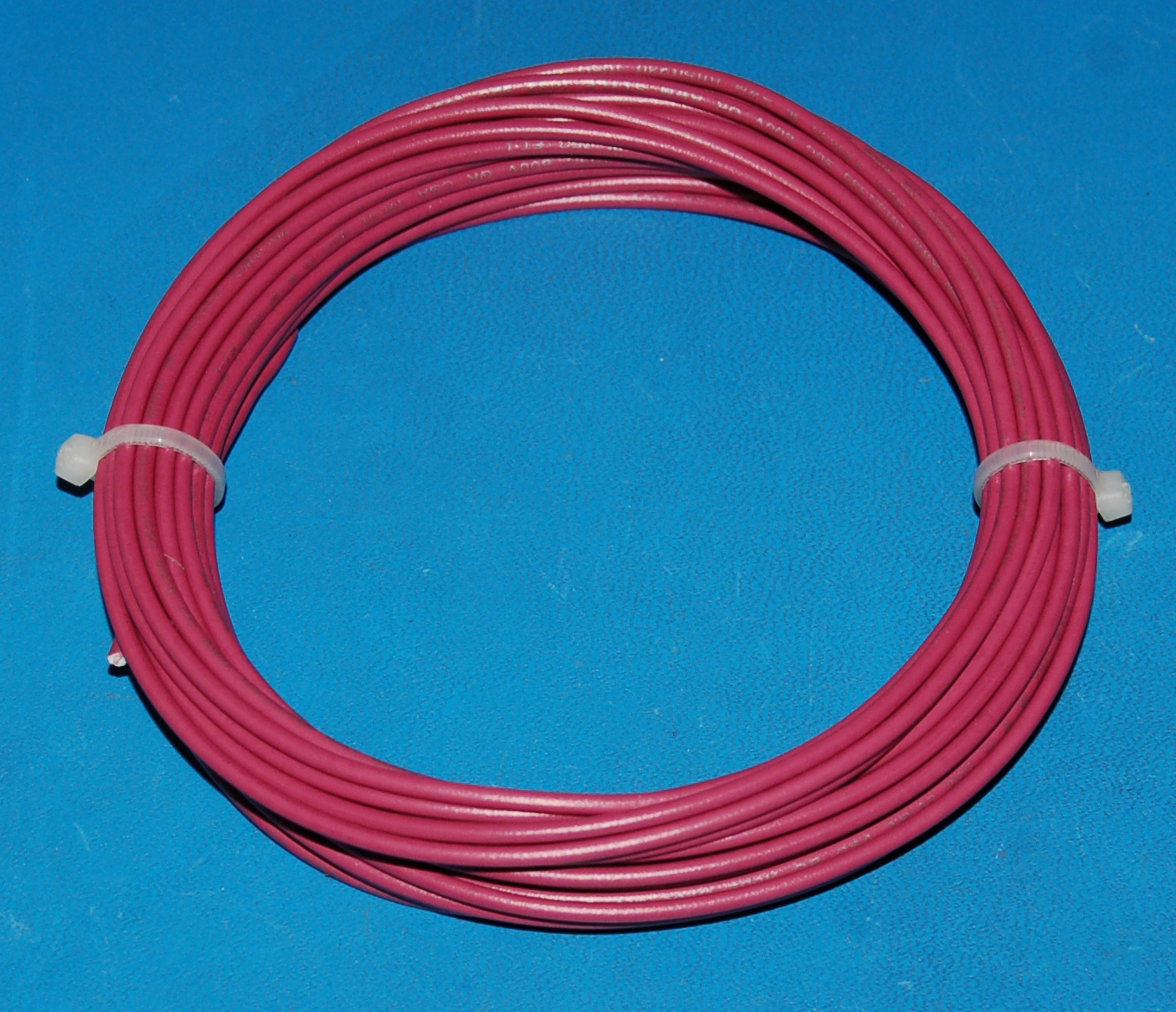 Solid Tinned Copper Wire, 600V, #20 AWG x 25' (Purple)