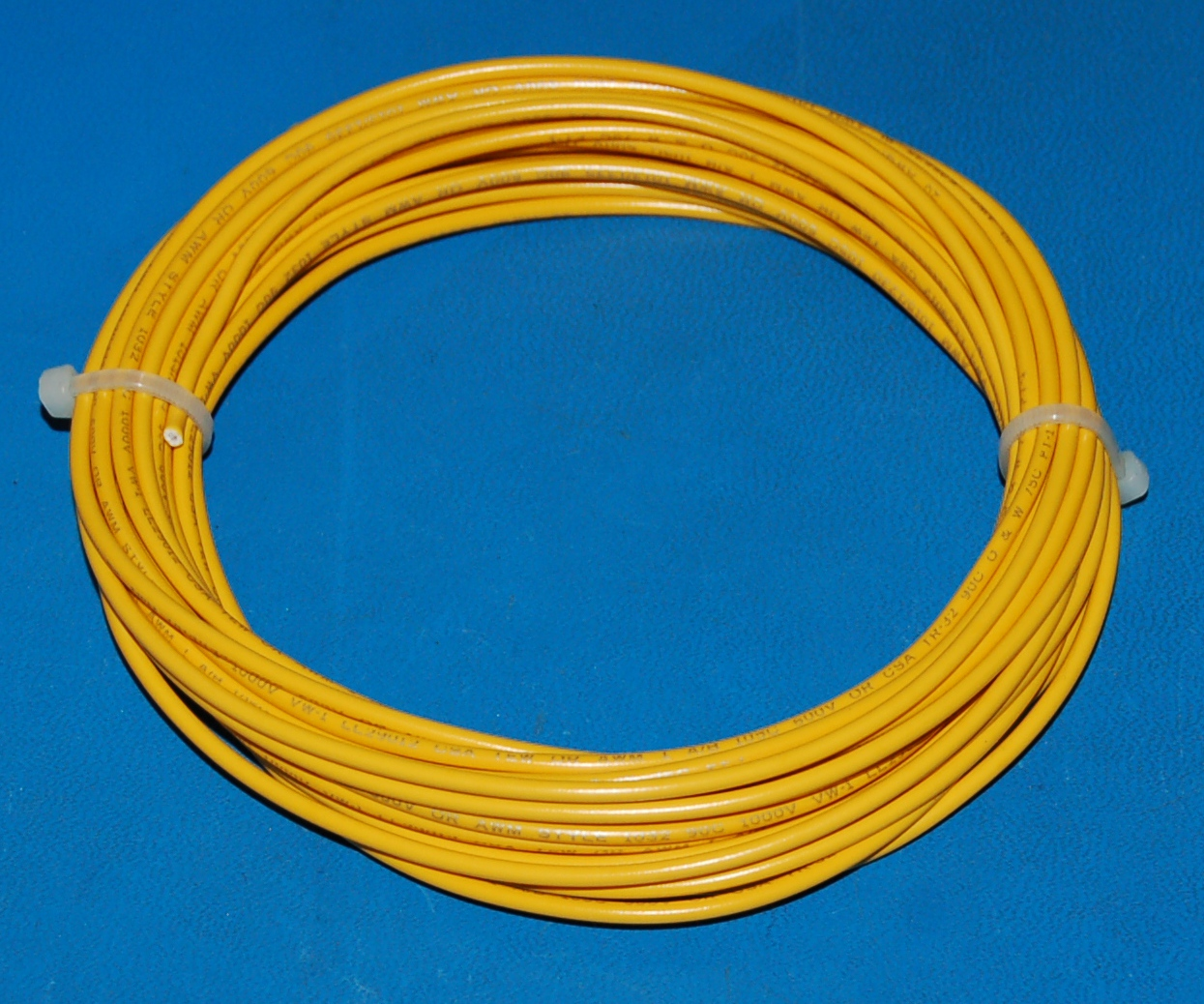 Solid Tinned Copper Wire, 600V, #20 AWG x 25' (Yellow)