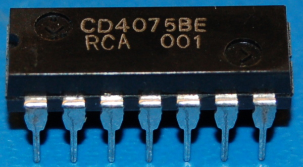 4075BE CMOS Triple 3-Input OR Gate, DIP-14