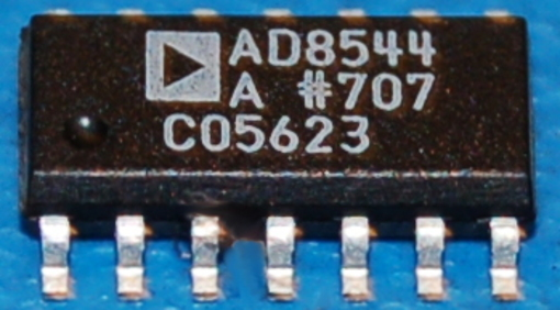AD8544ARZ General Purpose CMOS Rail-to-Rail Operational Amplifier