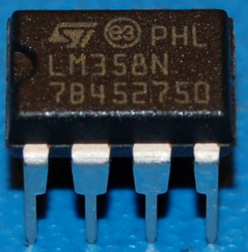 LM358N Dual Operational Amplifier, DIP-8