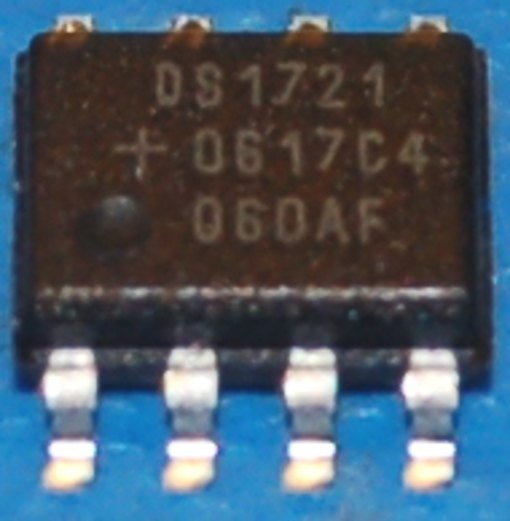 DS1721S 2-Wire Digital Thermometer / Thermostat, SOIC-8