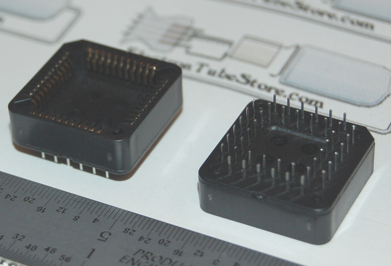 "IC Socket, PLCC-44 x Through-Hole, Style ""A"""