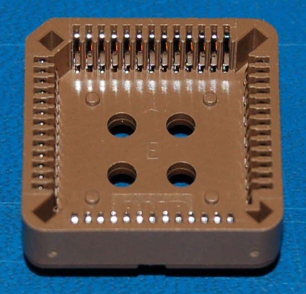 IC Socket, PLCC-52 x Through-Hole